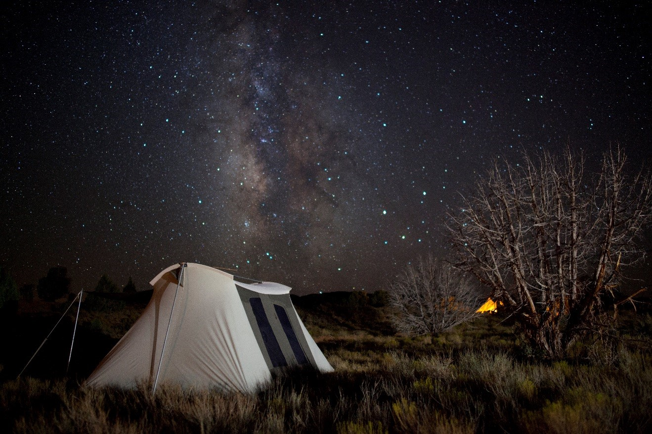 stars above escalante national monument with a canvas tent