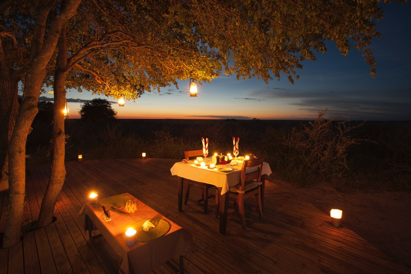 al fresco dining in Botswana with lovely light